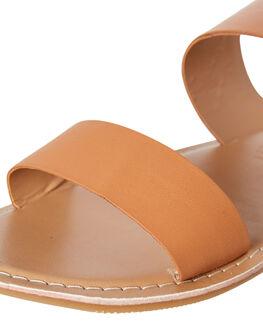TAN WOMENS FOOTWEAR HUMAN FOOTWEAR SLIDES - DAKOTATAN