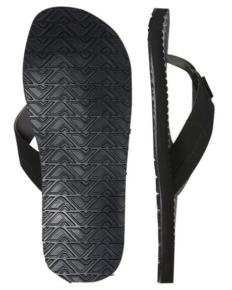 BLACK MENS FOOTWEAR CARVE THONGS - CVS1506BLK