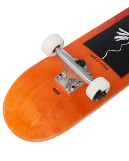 RED FADE BOARDSPORTS SKATE GLOBE COMPLETES - 10525308REDF