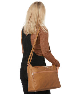 TAN WOMENS ACCESSORIES VOLCOM BAGS + BACKPACKS - E6441976TAN