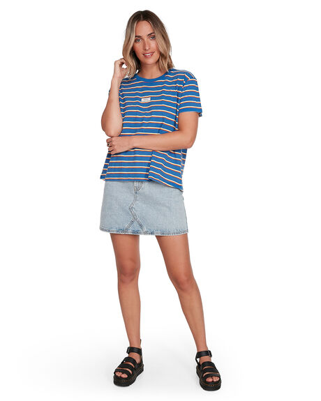 ROYAL WOMENS CLOTHING RVCA TEES - RV-R206686-RYL