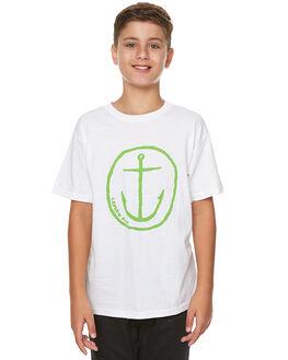 WHITE/GREEN KIDS BOYS CAPTAIN FIN CO. TEES - CFB3031600WGN