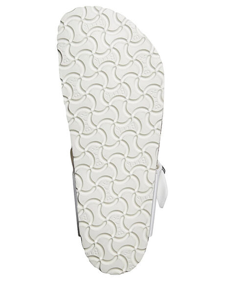 WHITE WOMENS FOOTWEAR BIRKENSTOCK FASHION SANDALS - 043731WWHI