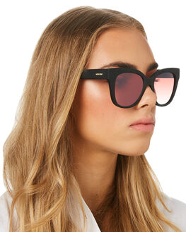 BLACK RUBBER 2 WOMENS ACCESSORIES MINKPINK SUNGLASSES - MNP1908225BLKR