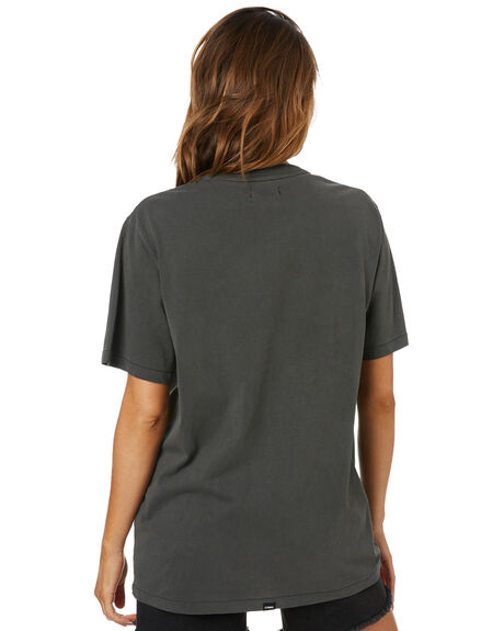 MERCH BLACK WOMENS CLOTHING THRILLS TEES - WSMU20-168BMMBLK