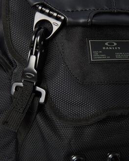 STEALTH BLACK MENS ACCESSORIES OAKLEY BAGS + BACKPACKS - 92356013