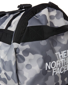 WHITE MACROFLECK MENS ACCESSORIES THE NORTH FACE BAGS + BACKPACKS - NF0A3ETQ6WP