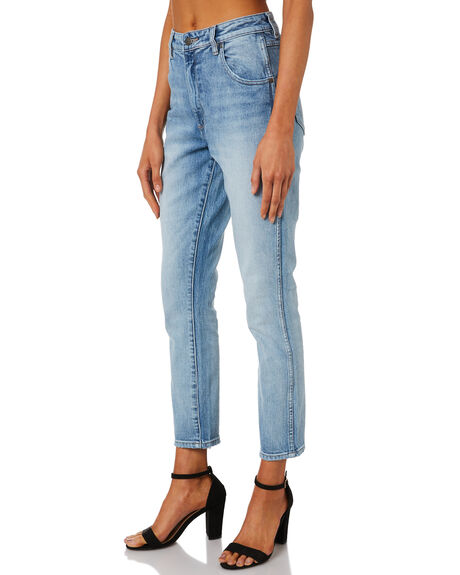 SPEND THE NIGHT WOMENS CLOTHING WRANGLER JEANS - W-951339-KT8