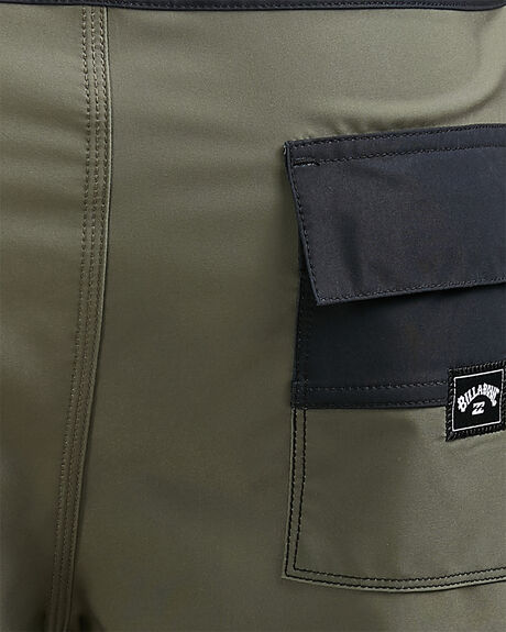 PINE MENS CLOTHING BILLABONG BOARDSHORTS - BB-9504420-PI2