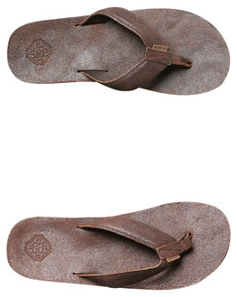BROWN MENS FOOTWEAR FREEWATERS THONGS - MO018BRN