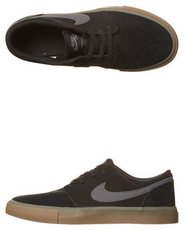 BLACK DARK GREY GUM KIDS BOYS NIKE SNEAKERS - 905208-001