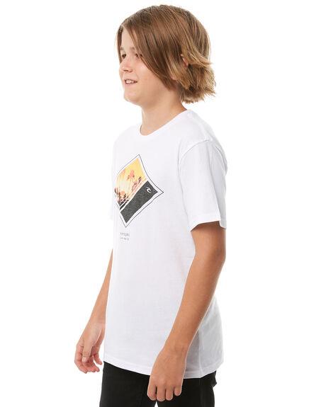 WHITE KIDS BOYS RIP CURL TEES - KTEIH21000