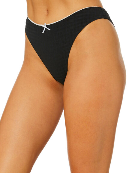 BLACK WOMENS SWIMWEAR THRILLS BIKINI BOTTOMS - WTW20-807BBLK