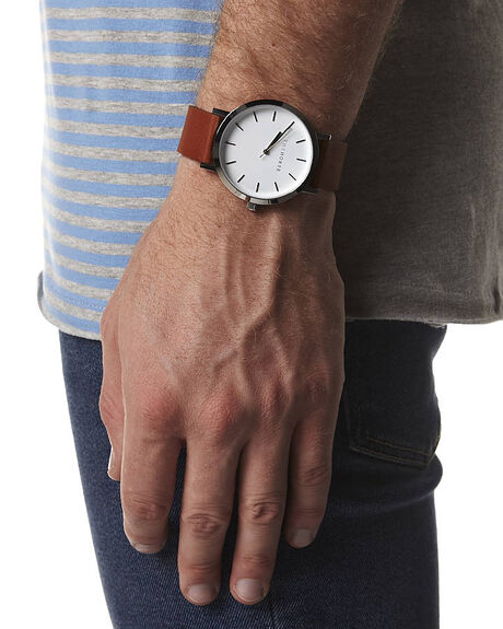 WHITE TAN MENS ACCESSORIES THE HORSE WATCHES - HORSEUNIWHTAN