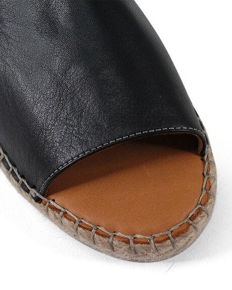 BLACK WOMENS FOOTWEAR BUENO FASHION SANDALS - BUKISSBLK