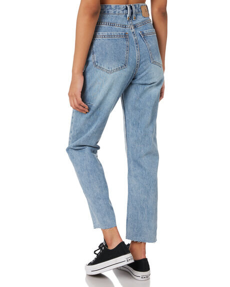 AGED BLUE WOMENS CLOTHING THRILLS JEANS - WTDP-431EAABLU