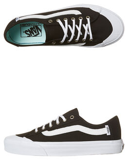 BLACK WHITE BAY WOMENS FOOTWEAR VANS SNEAKERS - VN0A348ZN4UBLKW