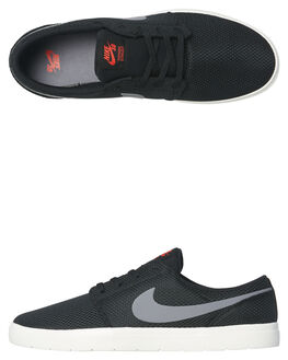 BLACK GUNSMOKE MENS FOOTWEAR NIKE SKATE SHOES - 880271-006