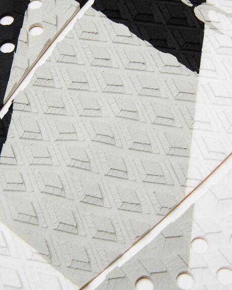 WHITE BLACK BOARDSPORTS SURF FCS TAILPADS - FFT04WBLK
