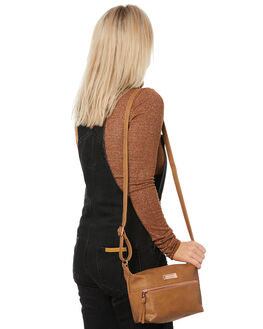 TAN WOMENS ACCESSORIES VOLCOM BAGS + BACKPACKS - E6441975TAN