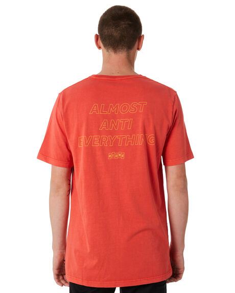 WASHED RED OUTLET MENS GLOBE TEES - GB01830004WRED