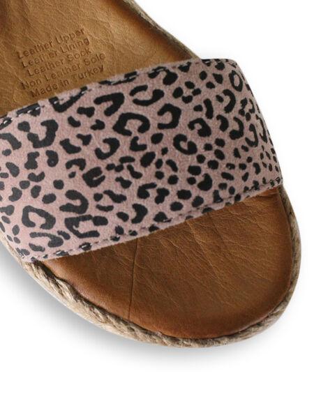 CAMEO LEOPARD WOMENS FOOTWEAR BUENO FASHION SANDALS - BUARIZONACAML