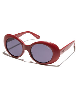 RED SMOKE WOMENS ACCESSORIES QUAY EYEWEAR SUNGLASSES - QW-000293-REDSM