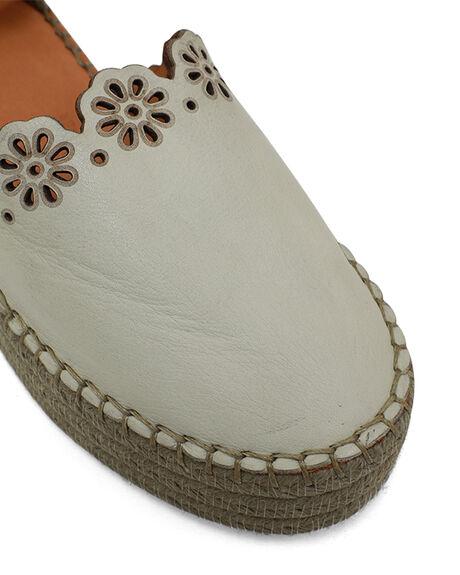 BAMBOO WOMENS FOOTWEAR BUENO FASHION SANDALS - BUKRISTENBMB