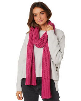 MAGENTA WOMENS ACCESSORIES TIGERLILY SCARVES + GLOVES - T493860MAG
