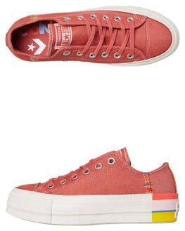 COASTAL PINK OUTLET WOMENS CONVERSE SNEAKERS - 564995CCPINK