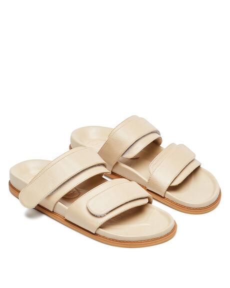 NUDE WOMENS FOOTWEAR JAMES SMITH FASHION SANDALS - 14158407NUD