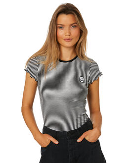 BLACK COMBO OUTLET WOMENS VOLCOM TEES - B0111805BLC