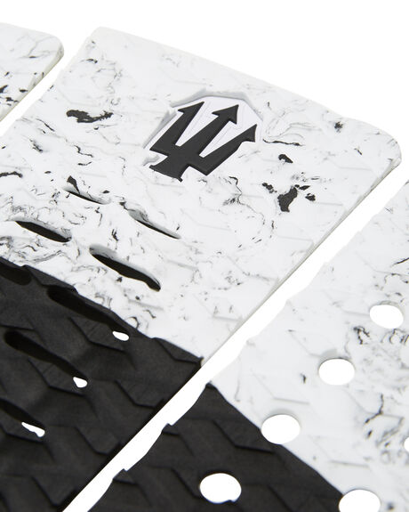 BLACK WHITE SPLATTER BOARDSPORTS SURF FAR KING TAILPADS - 1219BLKWHI