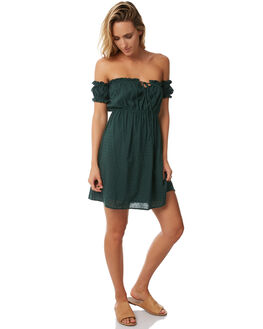 SOLID GREEN WOMENS CLOTHING RUE STIIC DRESSES - S118-46GREEN