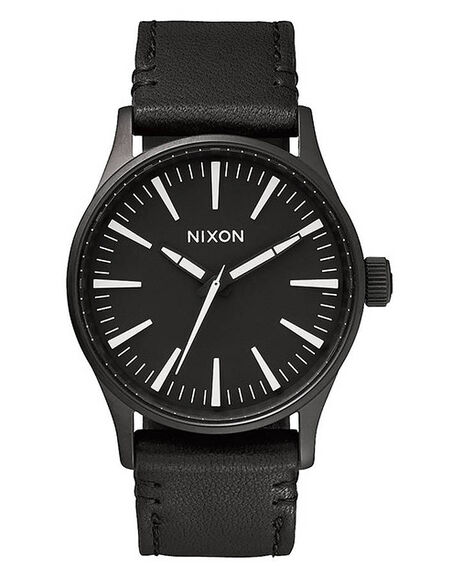BLACK WHITE MENS ACCESSORIES NIXON WATCHES - A377005
