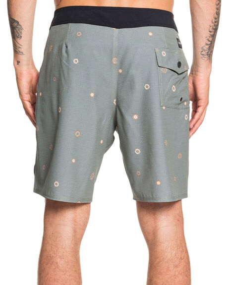 AGAVE GREEN MENS CLOTHING QUIKSILVER BOARDSHORTS - EQYBS04268-GZC6