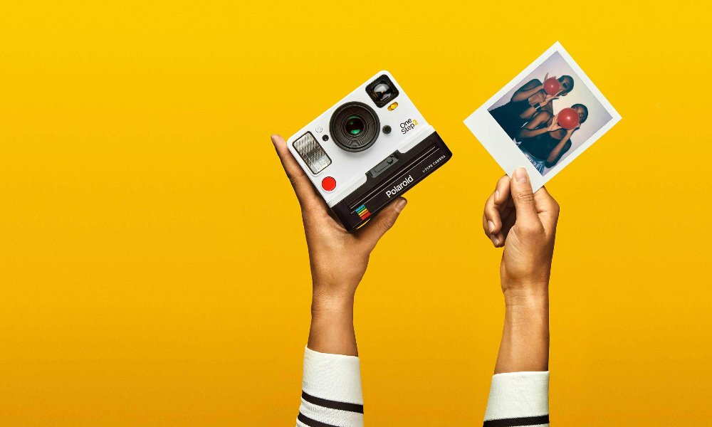Stay Snapping: Forget Digital, Go Polaroid